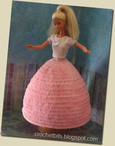 several free crochet patterns for Barbie doll clothes / crochet ...