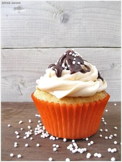 Dulce De Leche Filled Cupcakes With Dulce De Leche Swiss Meringue Buttercream