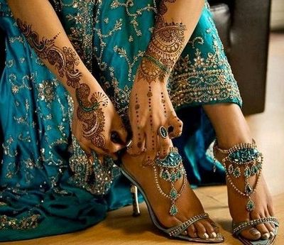 Henna and teal blue indian wedding dress and heels