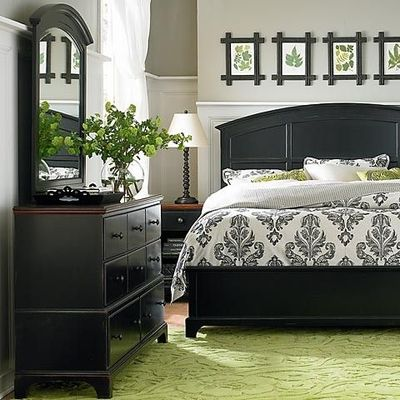 Pale gray walls black furniture soft green rug for for Black and lime green bedroom ideas