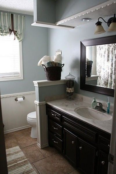 Blue gray walls and espresso cabinets bath ideas juxtapost Bathroom colors blue and brown