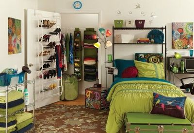 Great Dorm Idea For This Semester The Shelves Above Bed
