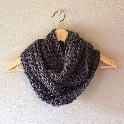 Free Crochet Pattern Childrens Cowl : crochet cowl. free pattern. easy for beginners. one skein ...