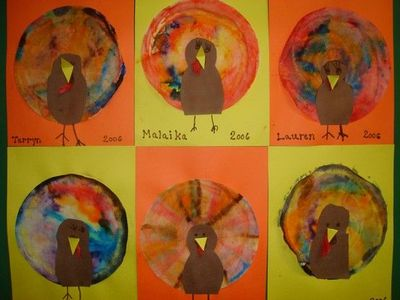 Coffee Filter turkey- Children dye coffee filters with food coloring and water and then add a turkey head pattern