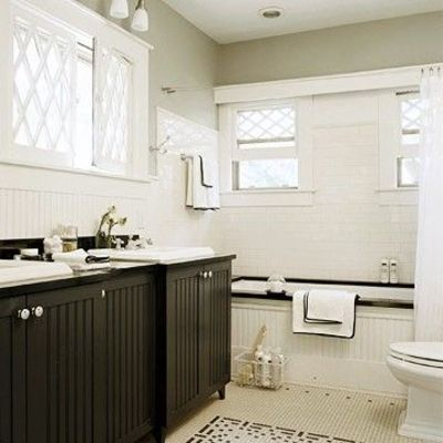 Beadboard Bathroom on Tub For A Small Bathroom  Love The Bead Board Front    Bath Ideas
