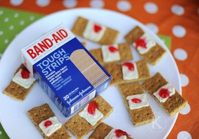 Band-Aid treats. Perfect for Halloween! Just Graham Crackers ...