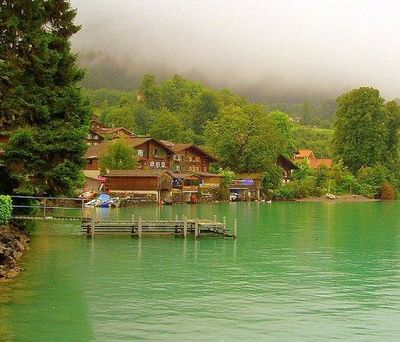 Interlaken, Switzerland, is a hotspot on the backpacking circuit and is located in the beautiful Bernese Oberland. For those that like to spend their time jumping out of planes, diving into canyons, and hiking glaciers, Interlaken in Switzerland is your p...