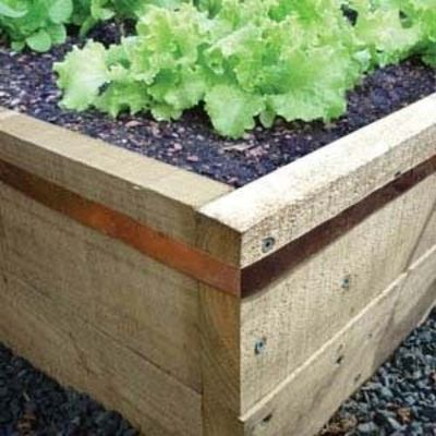 Copper tape around raised beds to keep slugs out rised garden beds juxtapost for How to keep slugs out of garden