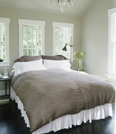 Taupe And Grey Room Pale Taupe Walls Juxtapose Ebony
