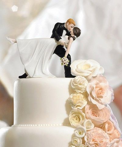 """Cake Toppers"" Blonde groom/brunette bride. :)"