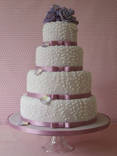 Wisteria wedding cake pictures