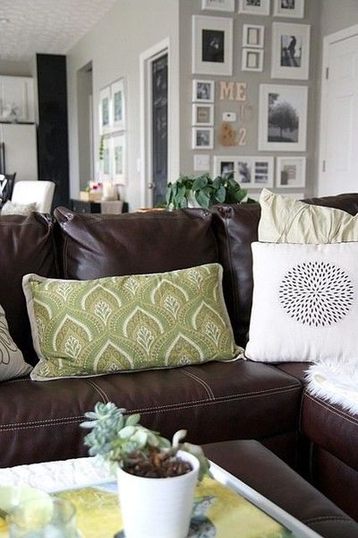 gray walls + brown leather couch / For the home - Juxtapost