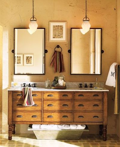 Double sink and mirror bathroom idea bath ideas juxtapost for Bronze pour meuble de style