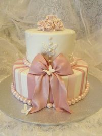 Ivory and Dusty Rose wedding cake