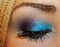 eye make-up, love the color