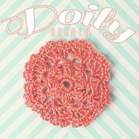 Doily Brooch // FREE crochet pattern on goodknits!