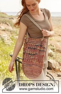 "Crochet DROPS bag in �""Fabel�"" and �""Lin�""."