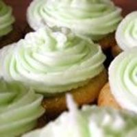 Champagne Cake Cupcakes!