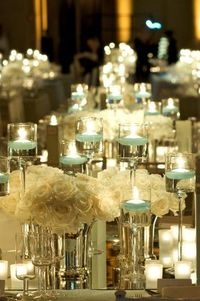 Low table arrangements with Tibet roses