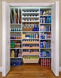 Pantry - like the use of the drawers