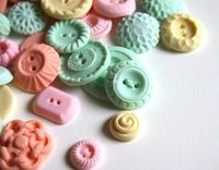 buttons pastel
