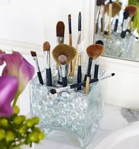awesome make-up brush display