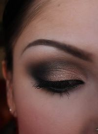 In my next life, i will be a makeup artist!