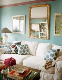 (wish the couch were sleeker....) love the pattern and color