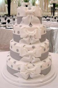 White and Silwer multi-layer wedding cake