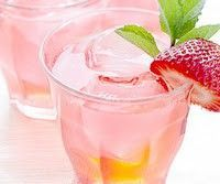 Even better--this site has drinks by color!!! The Pink Elizabeth - Strawberries and Lemonade 2 parts ginger ale 1 part pink lemonade 1 oz. Vodka 3 strawberries Mix Ginger Ale and Pink Lemonade. Add 1 oz vodka to glass. Drop in a few strawberries and let s...