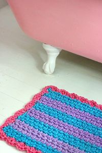 Crocheted rope bath mat