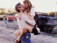 7 Things You Didn't Know About Kissing...