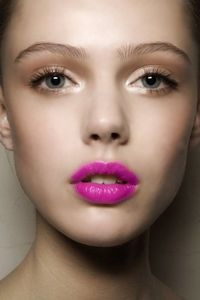 hot pink lips, nude eyes