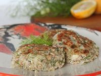 Quinoa Salmon Cakes with Dill and Fennel