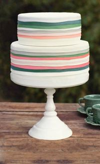 simple, spring colors by Sugar Buzz Bakery http://www.sugar-buzz-bakery.com/