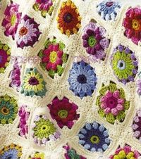 Daisy Flower Bouquet Crochet Pattern | FaveCrafts.com