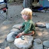 10 Tips for Camping with Toddlers--love #9--give a glow stick to little ones when it gets dark so you know where they are (or glow stick necklace or bracelet)