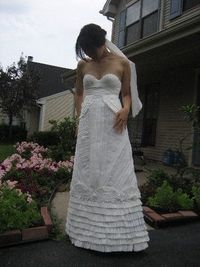 toilet paper wedding dress. Too awesome not to re-post.